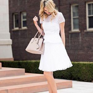 BANANA REPUBLIC   White Eyelet Peplum Dress